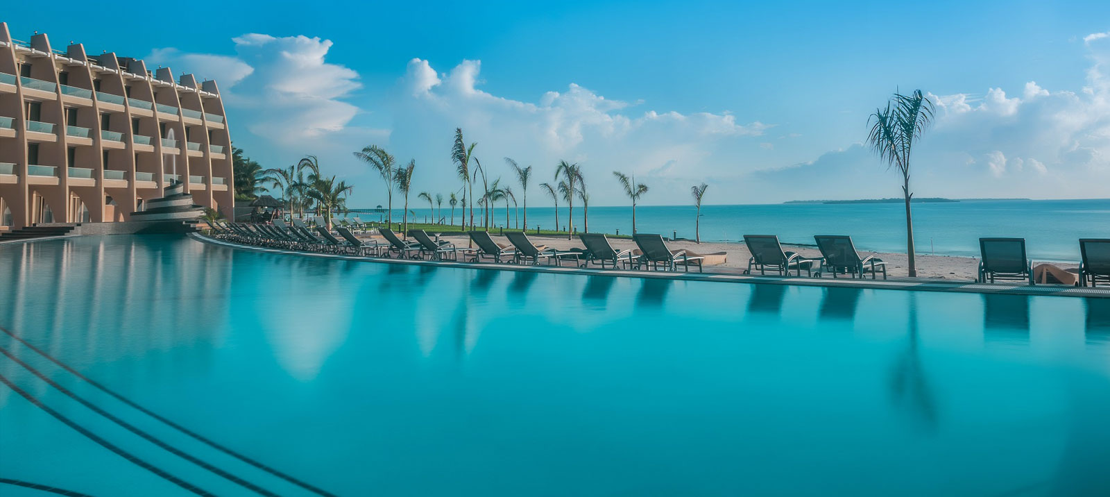 Huduma ndani ya Ramada Resort Dar es sSalaam